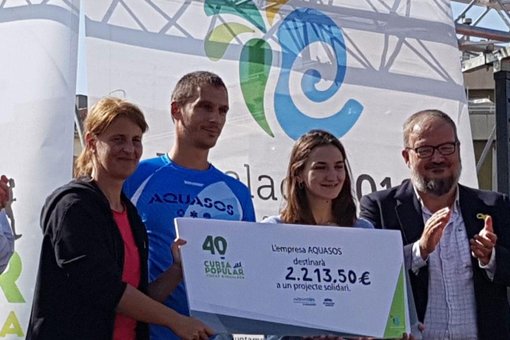 Aquasos fa un donatiu a l'entitat Igualada Solidària